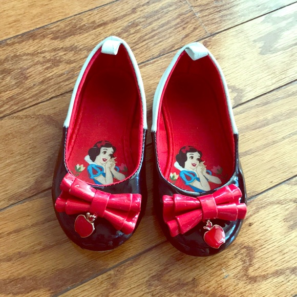 88db7656b2c32 Kids Snow White dress shoes
